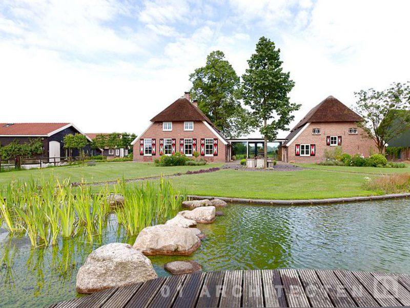Bathmen verbouw monumentale boerderij met zwemvijver