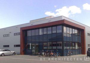 Nieuwbouw Bedrijfspand (sportschool) te Rijssen, gebouwd door Roosdom Tijhuis en ontworpen door Dennis Kemper 01 Architecten zakelijk