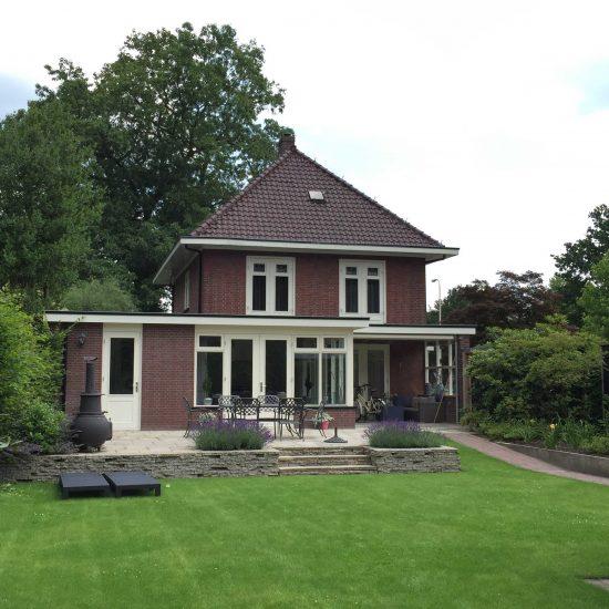 verbouw jaren 30 villa te Nijverdal in klassieke sfeer
