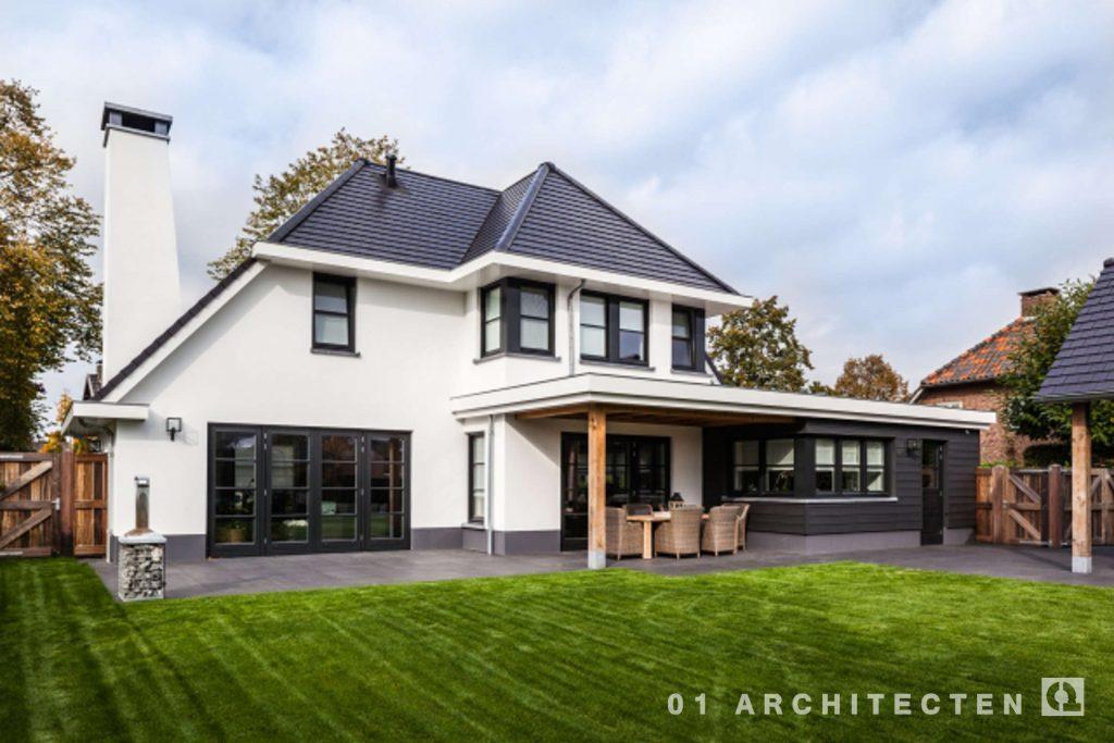 Nieuwbouw woning met witte gevel en donker dak 01 for Woning op funda plaatsen
