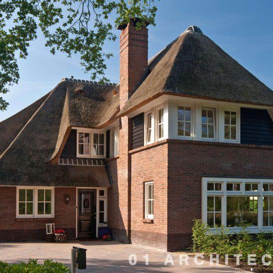 nieuwbouw jaren 30 villa met riet