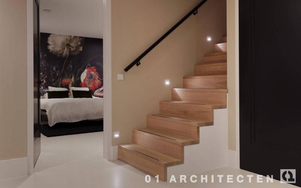 kelder slaapkamer houten trap